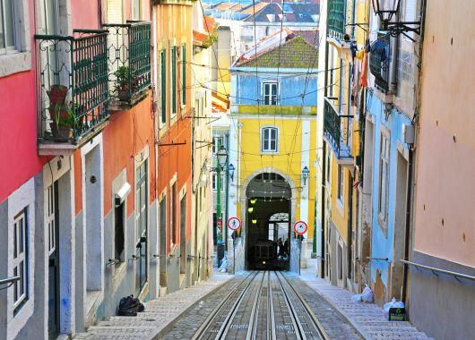 Städtetrip nach Lissabon – 3 Tage im top 4*Hotel für 64€ pro Person im Juli/August