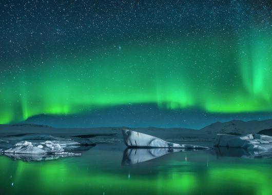 Island – 3 bis 5 Übernachtungen im zentralen Hotel inkl. Frühstück, Flügen und Tour zum Golden Circle für 419€