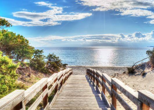 1 Woche Sardinien im 4* Apartment, Flug und Mietwagen ab 344€