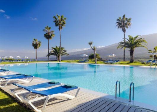 1 Woche Teneriffa im Dezember: 4* Hotel inkl. Halbpension, Flug, Rail&Fly und Transfer ab 317€