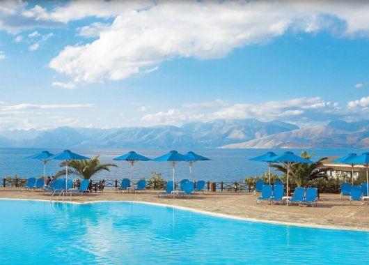 1 Woche Korfu im Mai: 4* Hotel mit All Inclusive, Flug, Rail&Fly und Transfer ab 382€