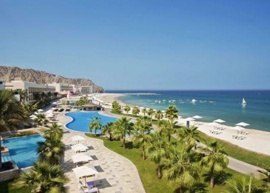 9 Tage Fujairah im 5* Hotel inkl. Meerblick, HP, Flug und Transfer ab 606€