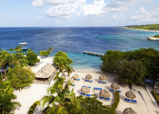 8 Tage im Meerblickzimmer des 4-Sterne Hilton Curaçao inkl. Flügen und Transfer ab 981€ pro Person