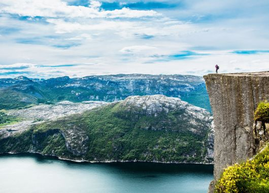 All you can fly: Mit Widerøe ab 299,75€ quer durch Norwegen fliegen