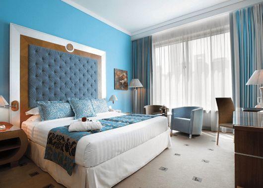 1 Woche Dubai Ende November: 4* Hotel mit Hafenblick, Frühstück, Flug und Transfer ab 625€