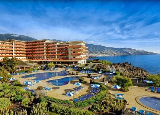 1 Woche La Palma im Dezember: 4* Hotel inkl. Halbpension, Flug & Transfer ab 392€