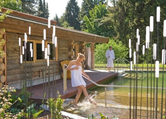 3 – 6 Tage Wellness in Bad Salzuflen: 4* Hotel inkl. Frühstück, Dinner und Eintritt in die VitaSol Therme ab 99,50€ pro Person