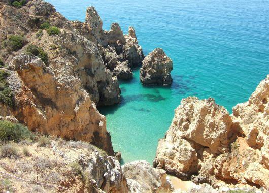 Algarve: 1 Woche im 3*Aparthotel mit Flügen und Transfers ab 219€