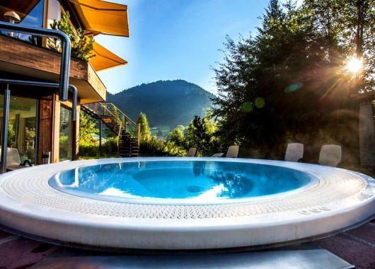 3 Tage Wellness in den Allgäuer Alpen: 4* Hotel inkl. Halbpension, Champagner und Spa ab 129€