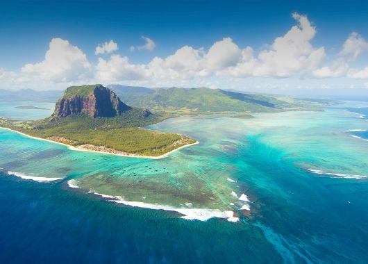 1 Woche Mauritius im Dezember: 3* Beach-Hotel mit All In, Flug, Rail&Fly u. Transfer ab 1044€