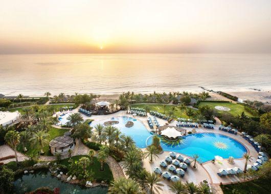 Fujairah im Juni: 1 Woche im 5* Hotel mit Frühstück, Flug und Transfer ab 431€