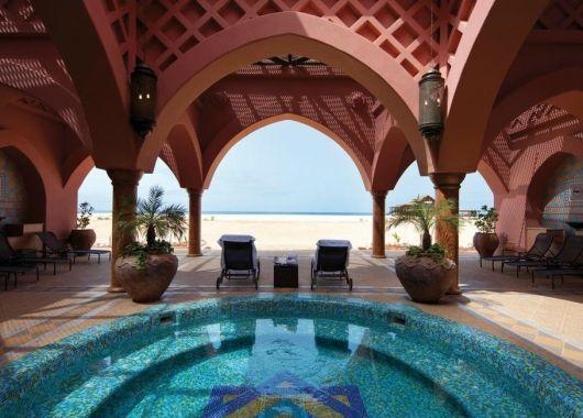 1 Woche Boavista im 4* Hotel mit All Inclusive, Flug, Transfer und Rail&Fly ab 732€