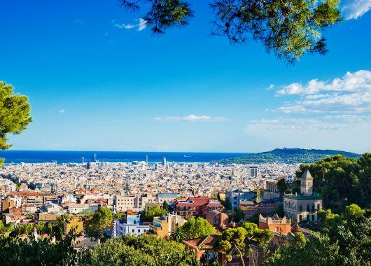 4 Tage Barcelona im 4* Hotel mit Frühstück und Flug ab 155€