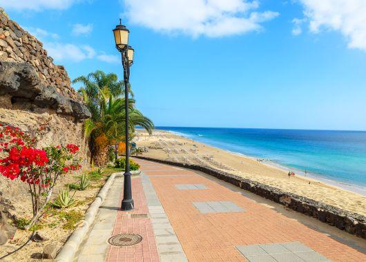 Kurzurlaub Fuerteventura: 5 Tage im 3*Hotel inkl. Flug, Transfer, Zug zum Flug und Frühstück ab 289€