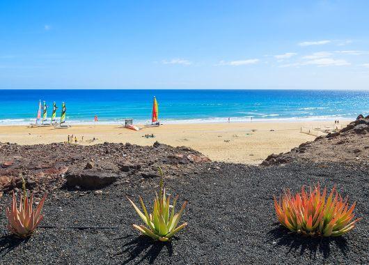 Fuerteventura: 7 Tage inkl. Flug, Rail & Fly, Transfer und Hotel ab 270 Euro pro Person