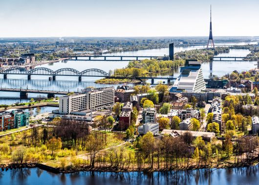 Städtetrip Riga: 3 bis 5 Tage im 4*Hotel inkl. Flug, Frühstück, Dinner und Stadtrundfahrt ab 139€