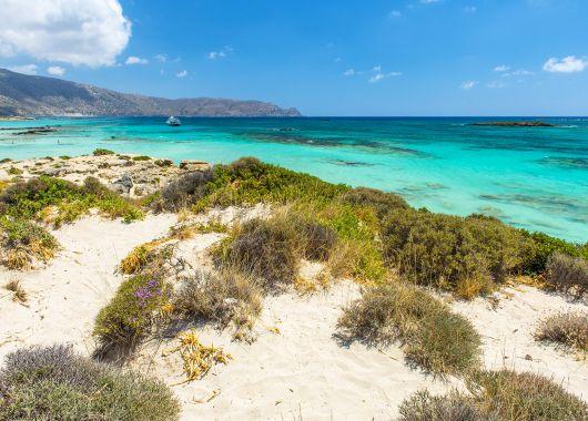 1 Woche Kreta im Oktober: 4* Hotel mit All Inclusive, Flug, Rail&Fly und Transfer ab 459€