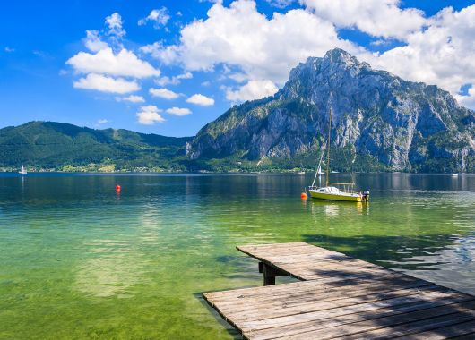 Erholung in Tirol: 3 – 8 Tage im 4* Seehotel inkl. HP, Spa und Aktivprogramm ab 149€