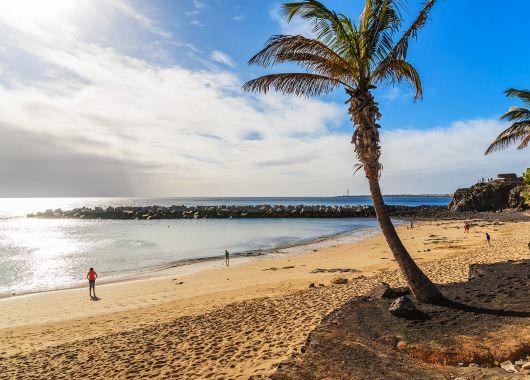 Lanzarote: 1 Woche im sehr guten 3* Hotel inkl. Flug ab 307€ pro Person