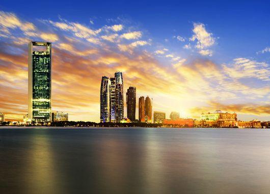 Frühbucher: 7 Tage Abu Dhabi im tollen 3*Hotel mit Flügen, Transfers und Frühstück ab 546€