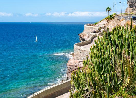 Last Minute Gran Canaria: 6 Tage mit Hotel, Flug, Zug zum Flug und Transfers ab 293€