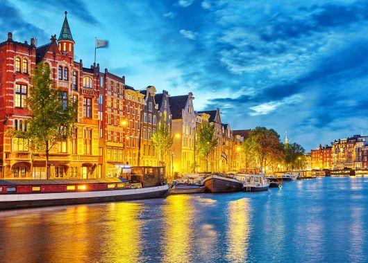 Silvester in Amsterdam: 3 Tage im 4* Hotel inkl. Frühstück für 169€ p.P.