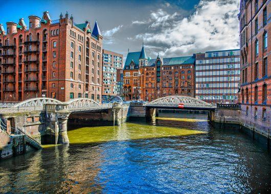 Wochenende in Hamburg: 3 Tage im sehr guten 4* Hotel ab nur 89€ pro Person