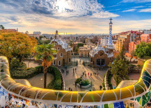 Kurztrip nach Barcelona: 4 Tage im 4* Hotel inkl. Flug schon ab 155€