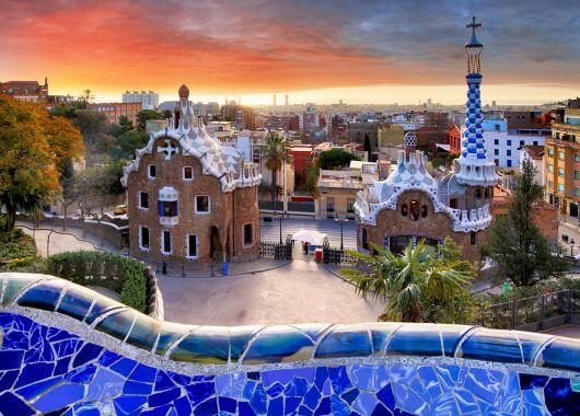 Städtereise Barcelona: 3 Tage im zentralen 3*Hotel mit Frühstück und Flügen ab 119€