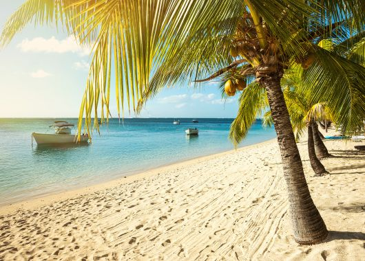 April – Mai: 8 Tage Mauritius im 4* Resort mit All Inclusive, Flug und Transfer ab 985€