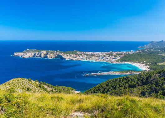 Eine Woche Mallorca: sehr gutes 4* Hotel, Flug, Transfer, Rail&Fly und Frühstück ab 322€
