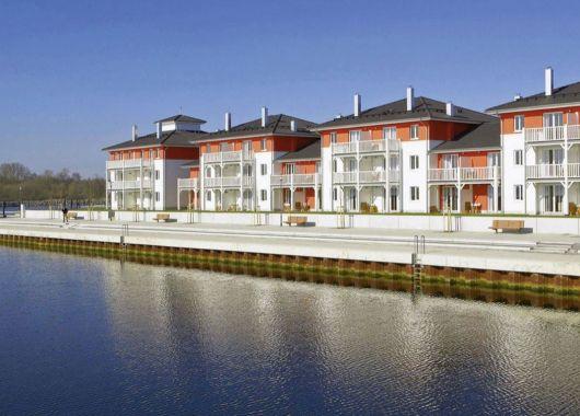 Familienurlaub an der Ostsee: 3 Tage im 4* Apartment mit Küche, Kamin, Terrasse und Wellness ab 99€