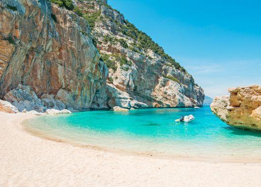 1 Woche Sardinien im 3* Apartment inkl. Flug ab 330€