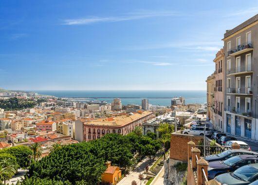 1 Woche Sardinien im April: 4* Hotel inkl. Frühstück, Flug und Transfer ab 366€