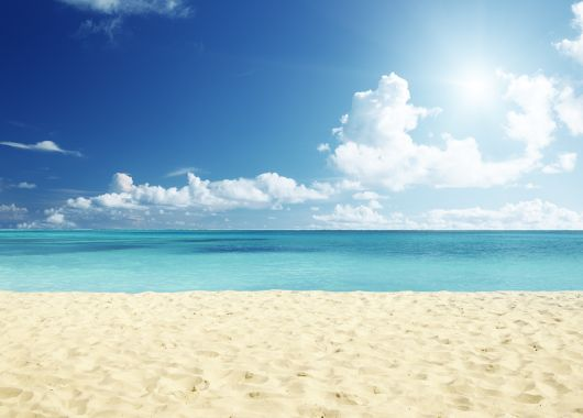 Sep. – Okt.: 1 Woche im neuen 5* Resort in Bulgarien inkl. HP, Flug, Rail&Fly und Transfer ab 344€