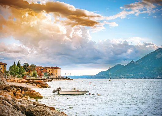 Hotel-Deal: 3 – 8 Tage am Gardasee im 4* Romantic Resort inkl. Halbpension & Wellness ab 159€