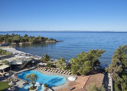 1 Woche Chalkidiki im Mai: 5* Hotel inkl. Halbpension, Flug, Rail&Fly und Transfer ab 422€