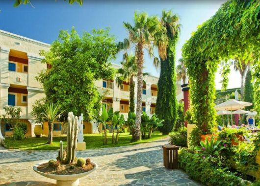 1 Woche Kos im August: 4* Hotel mit All Inclusive, Flug, Rail&Fly und Transfer ab 421€