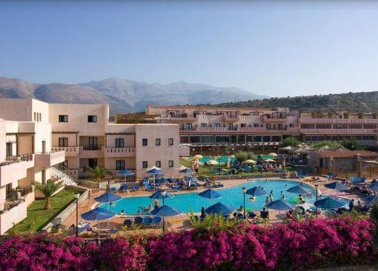 1 Woche Kreta im Mai: 4* Hotel mit All Inclusive, Flug, Rail&Fly und Transfer ab 464€