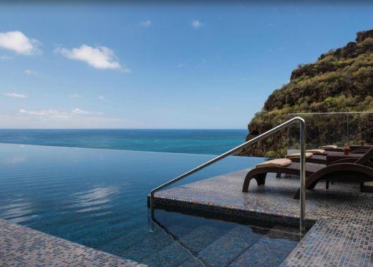 1 Woche Madeira Ende Oktober: 4* Designhotel inkl. Frühstück, Flug, Transfer und Rail&Fly ab 439€