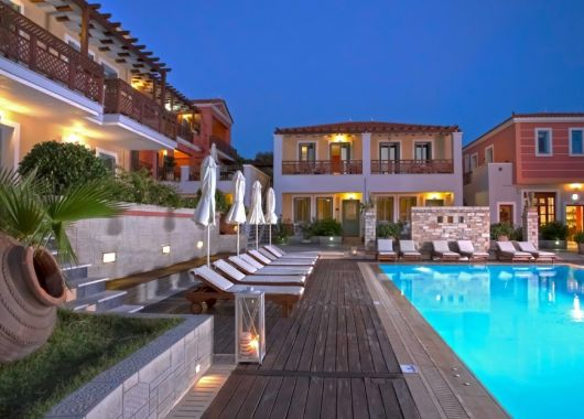 September – Oktober: 1 Woche Samos im 4* Hotel inkl. Frühstück, Flug und Transfer ab 488€