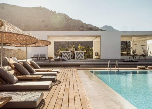 1 Woche Rhodos im Oktober: Einzigartiges 4* Boutique-Hotel inkl. Frühstück, Flug, Rail&Fly und Transfer ab 553€