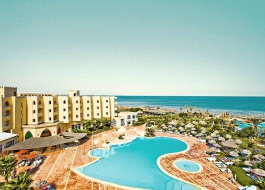 Tunesien: 1 Woche All Inclusive im 4* Hotel inkl. Flug, Transfer und Rail & Fly ab 284€