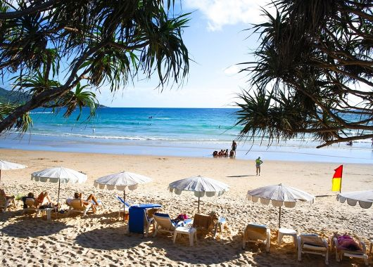 Juni – Juli: 2 Wochen Phuket im 4* Swissôtel inkl. Frühstück, Flug und Transfer ab 935€