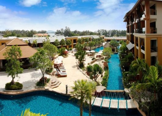 Sommerurlaub: 10 Tage Phuket im 4* Hotel mit Frühstück, Flug, Rail&Fly und Transfer ab 734€