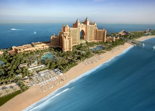 5 Tage Luxus-Sommerurlaub in Dubai: 5* Hotel inkl. Halbpension, Flug und Transfer ab 780€