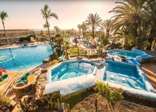 6 Tage Gran Canaria im April: 3* Hotel mit All Inclusive, Flug, Rail&Fly und Transfer ab 390€