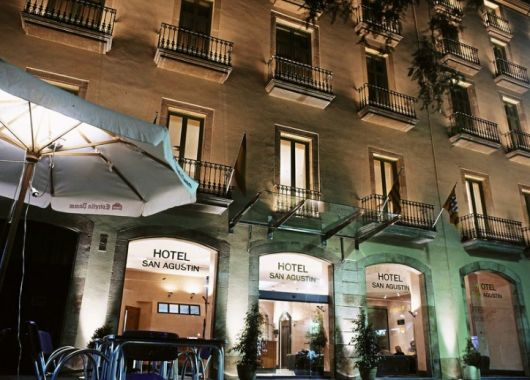 Januar – März: 4 Tage Barcelona im 3* Hotel inkl. Frühstück und Flug ab 177€