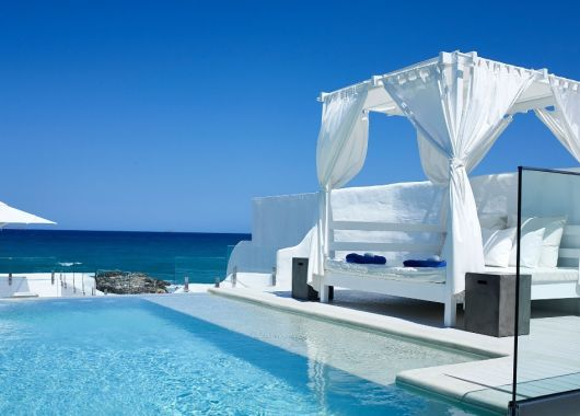 1 Woche Luxus im Mai: Traumhaftes 5* Strand Bungalow inkl. Frühstück und Flug ab 435€