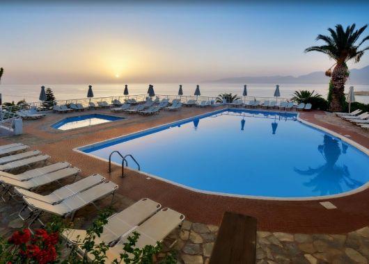 1 Woche Kreta im Mai: 4* Hotel mit All Inclusive, Flug, Rail&Fly und Transfer ab 427€